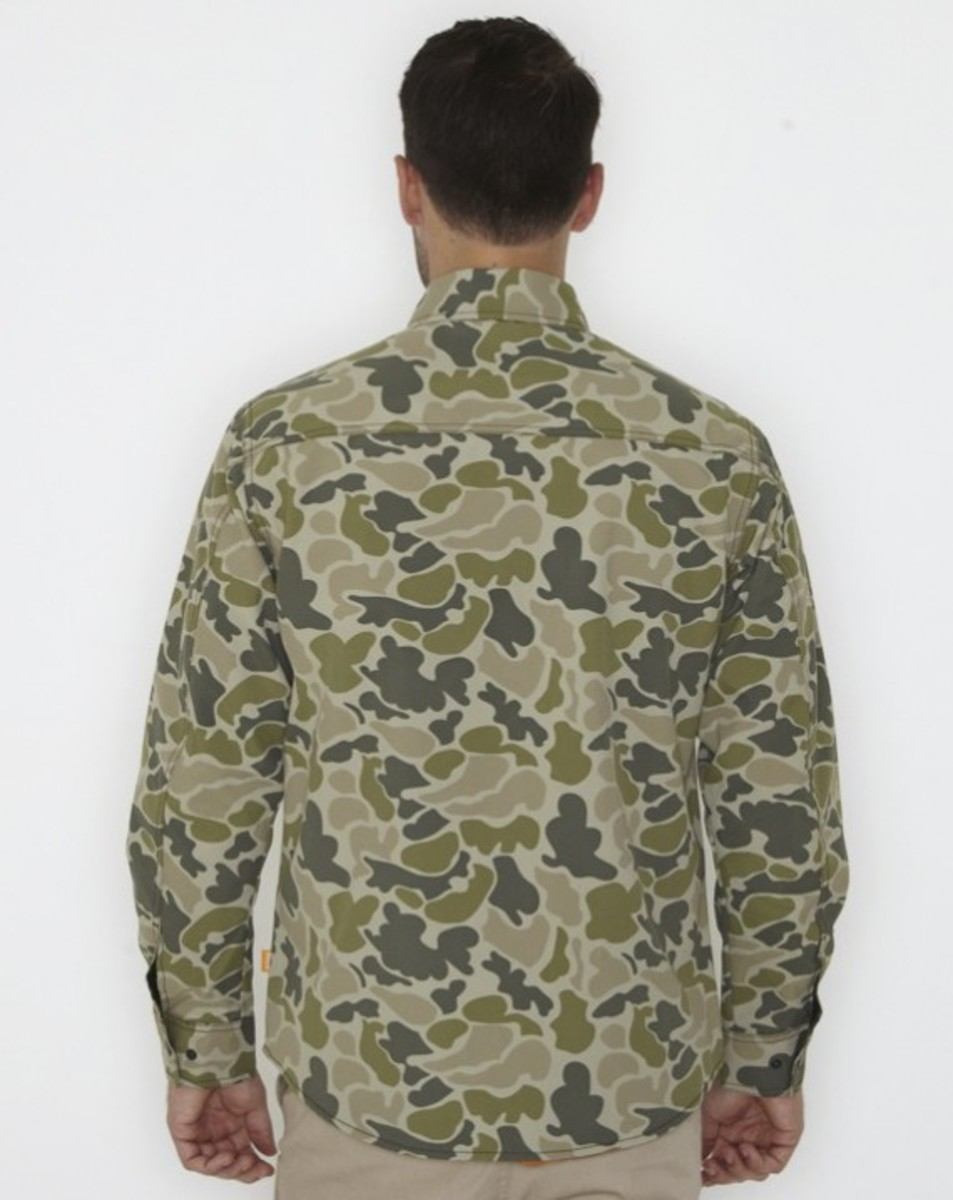 stussy-fall-2011-surplus-collection-zip-camo-shirt-06