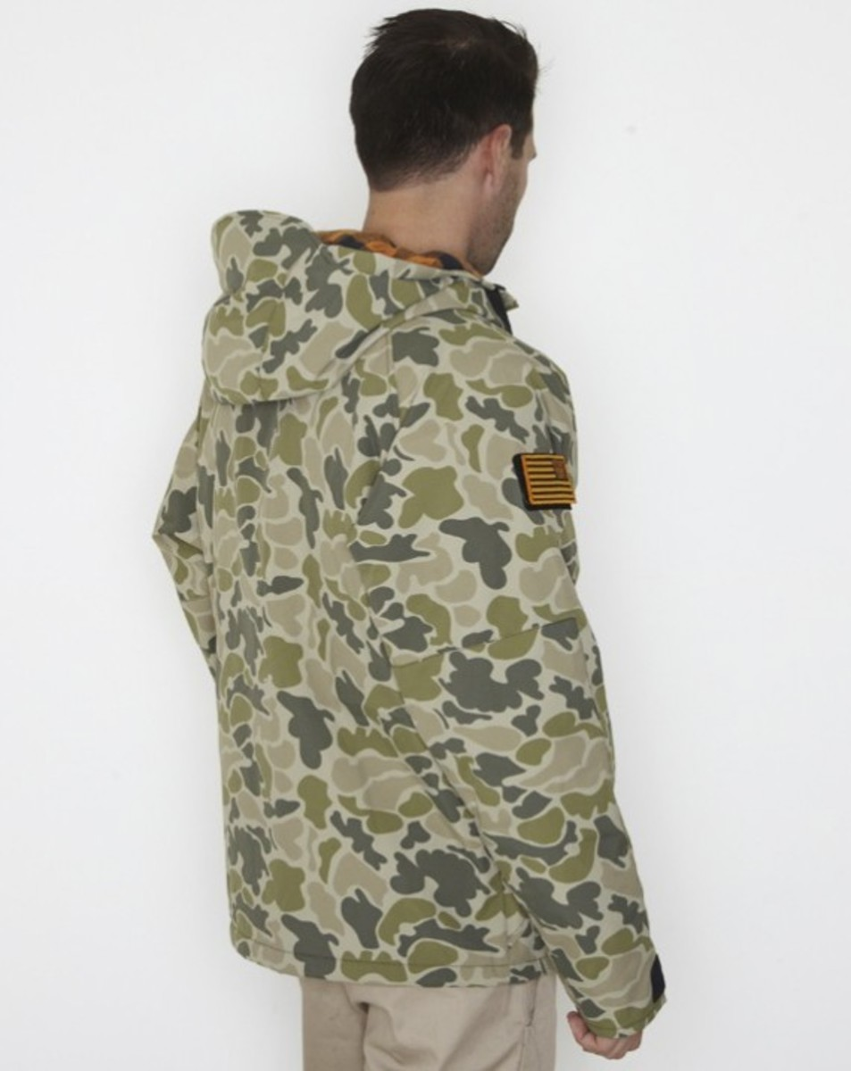 stussy-fall-2011-surplus-collection-field-jacket-06
