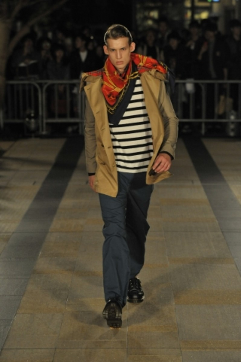 whiz-limited-spring-summer-2012-collection-runway-02