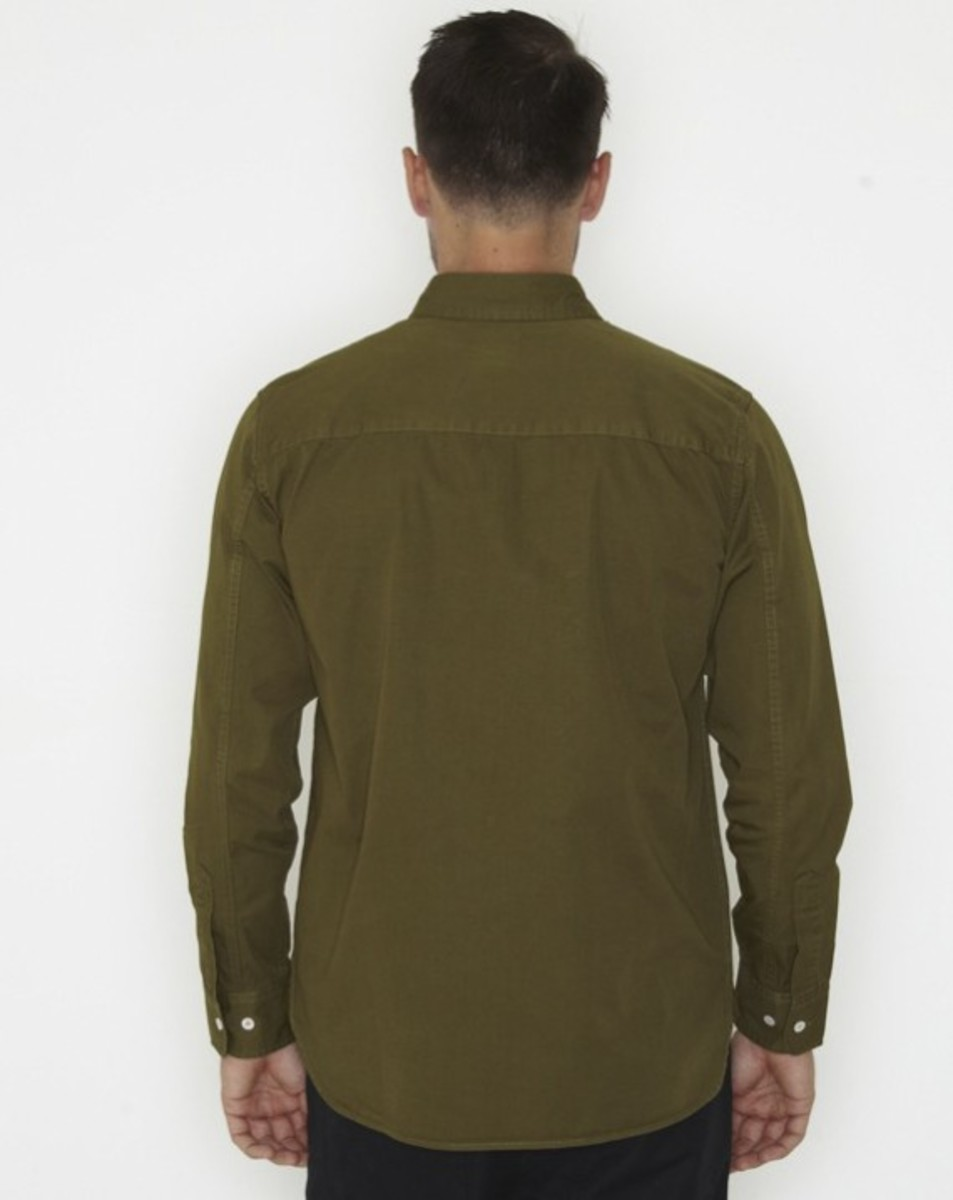 stussy-fall-2011-surplus-collection-conqueror-shirt-06