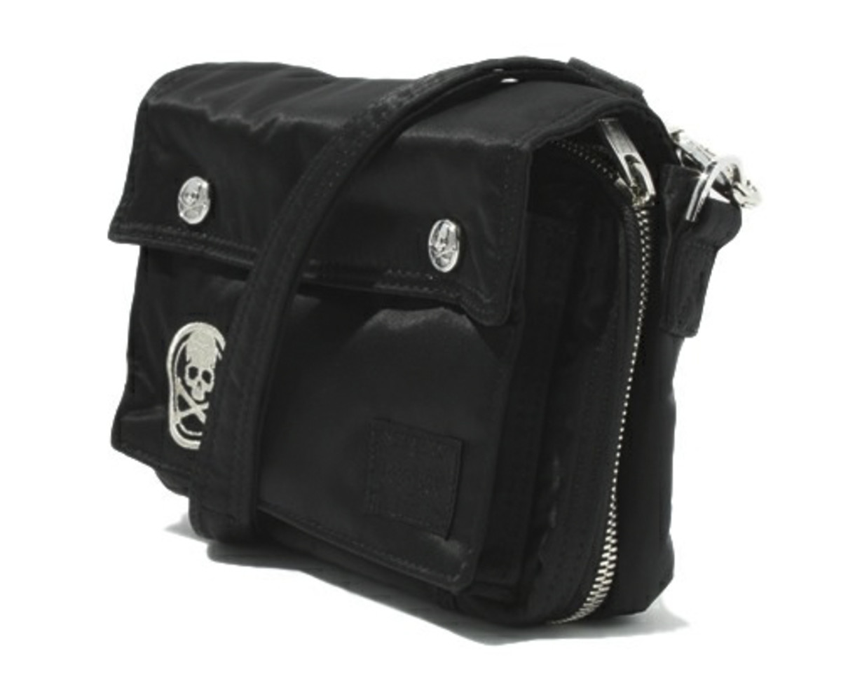 mastermind-JAPAN-PORTER-Shoulder-Bag-02
