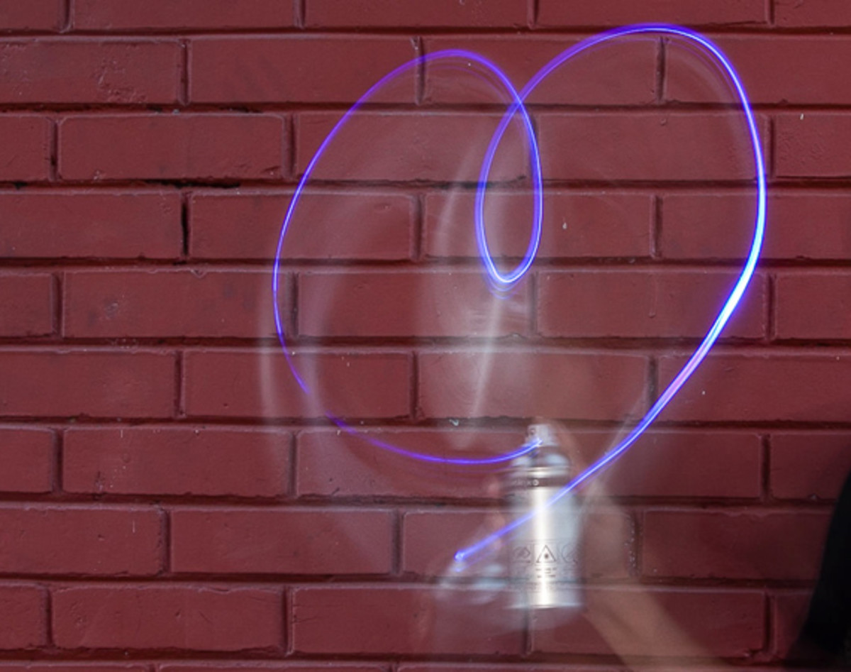 light-paint-can-00