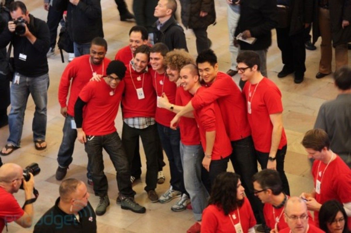 apple-store-grand-central-opening-recap-31
