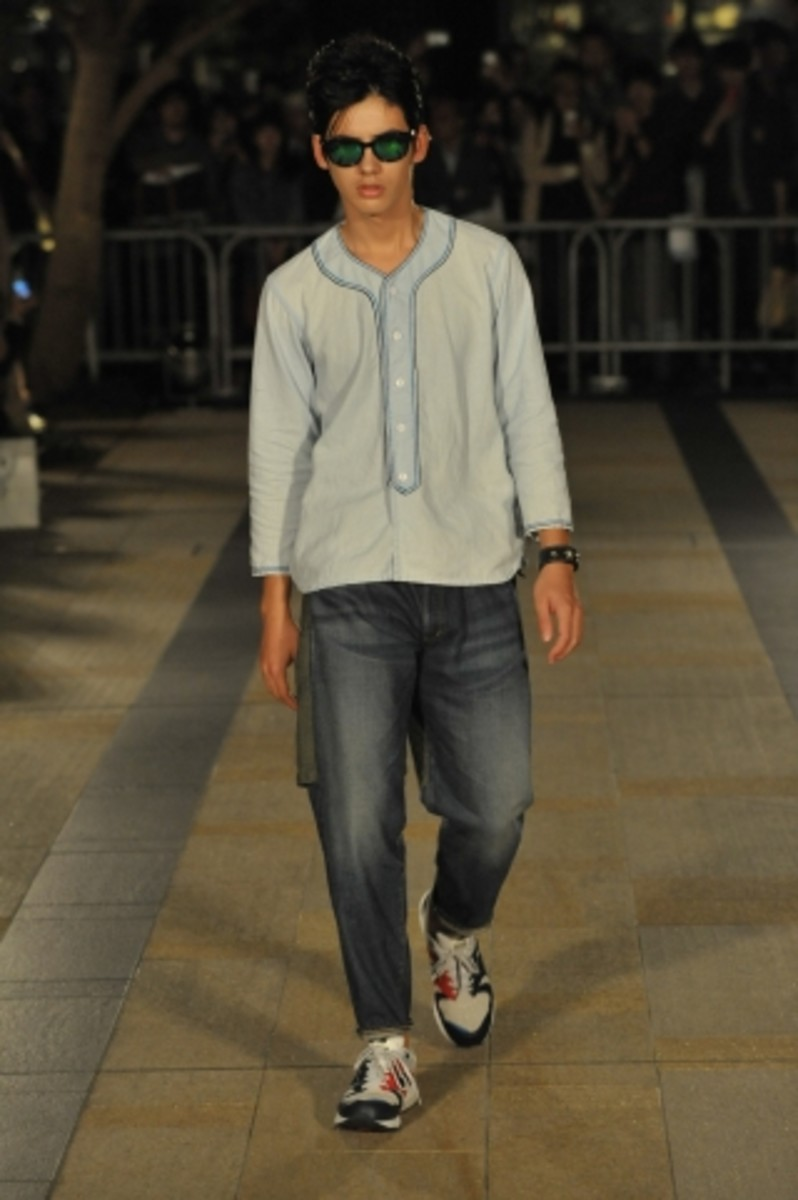 whiz-limited-spring-summer-2012-collection-runway-16