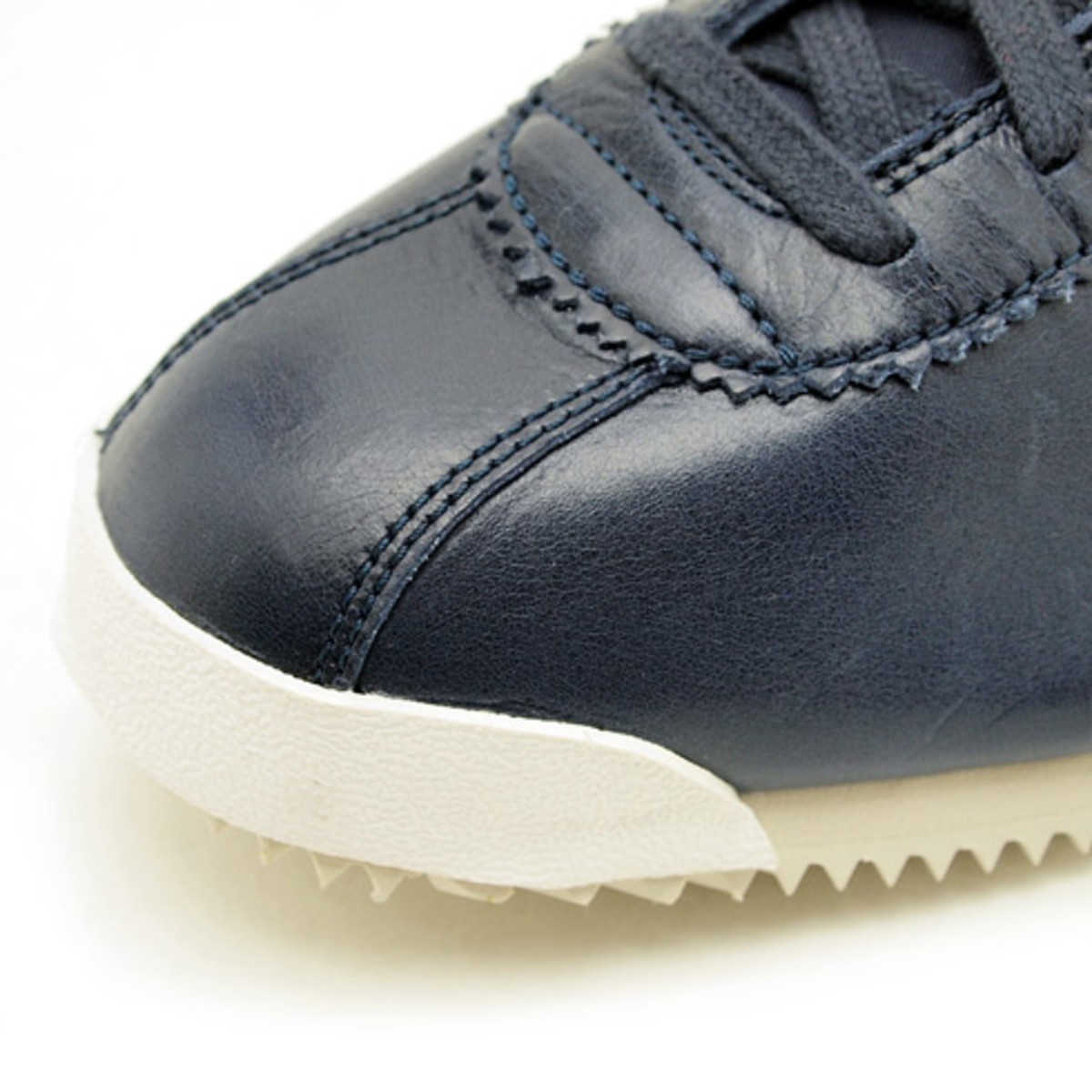 nike-cortez-classic-og-leather-04