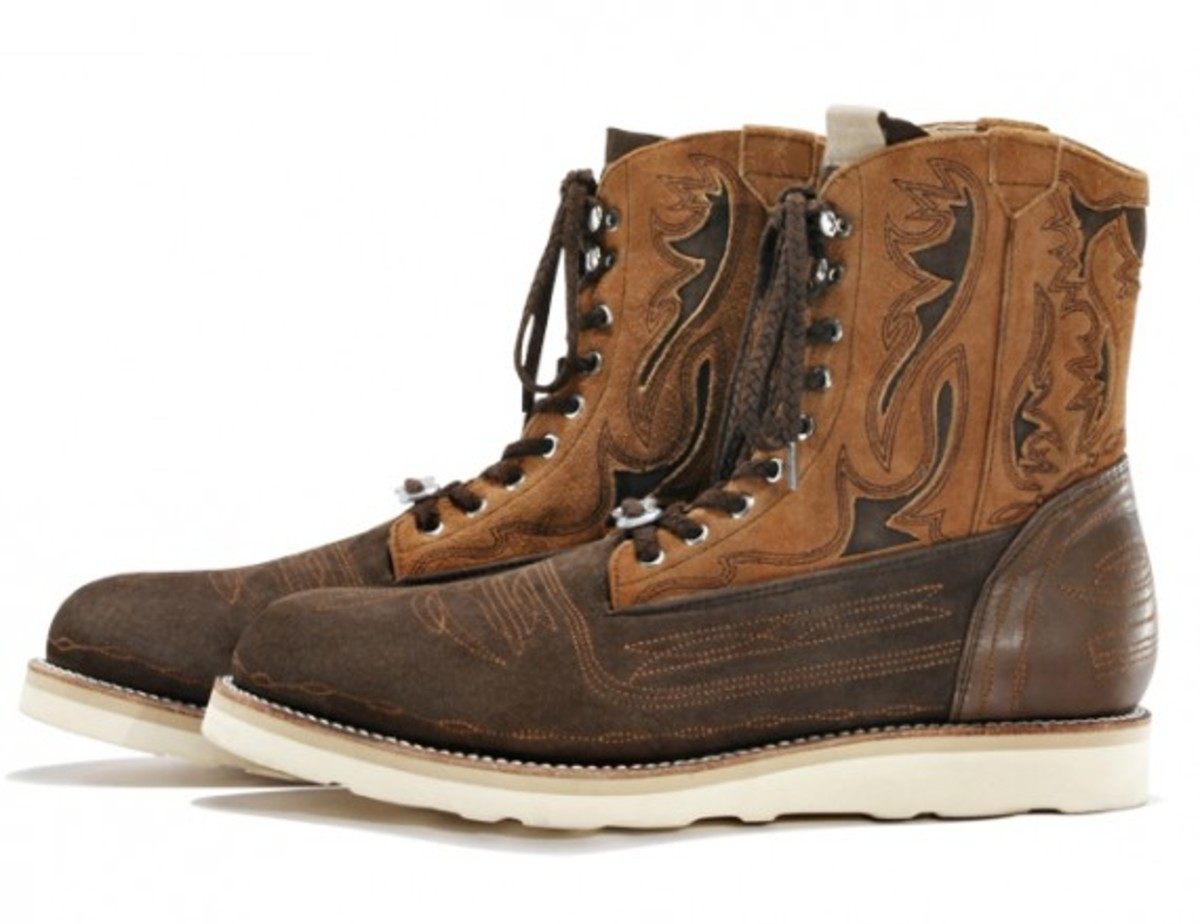 white-mountaineering-embroidered-western-work-boot-01