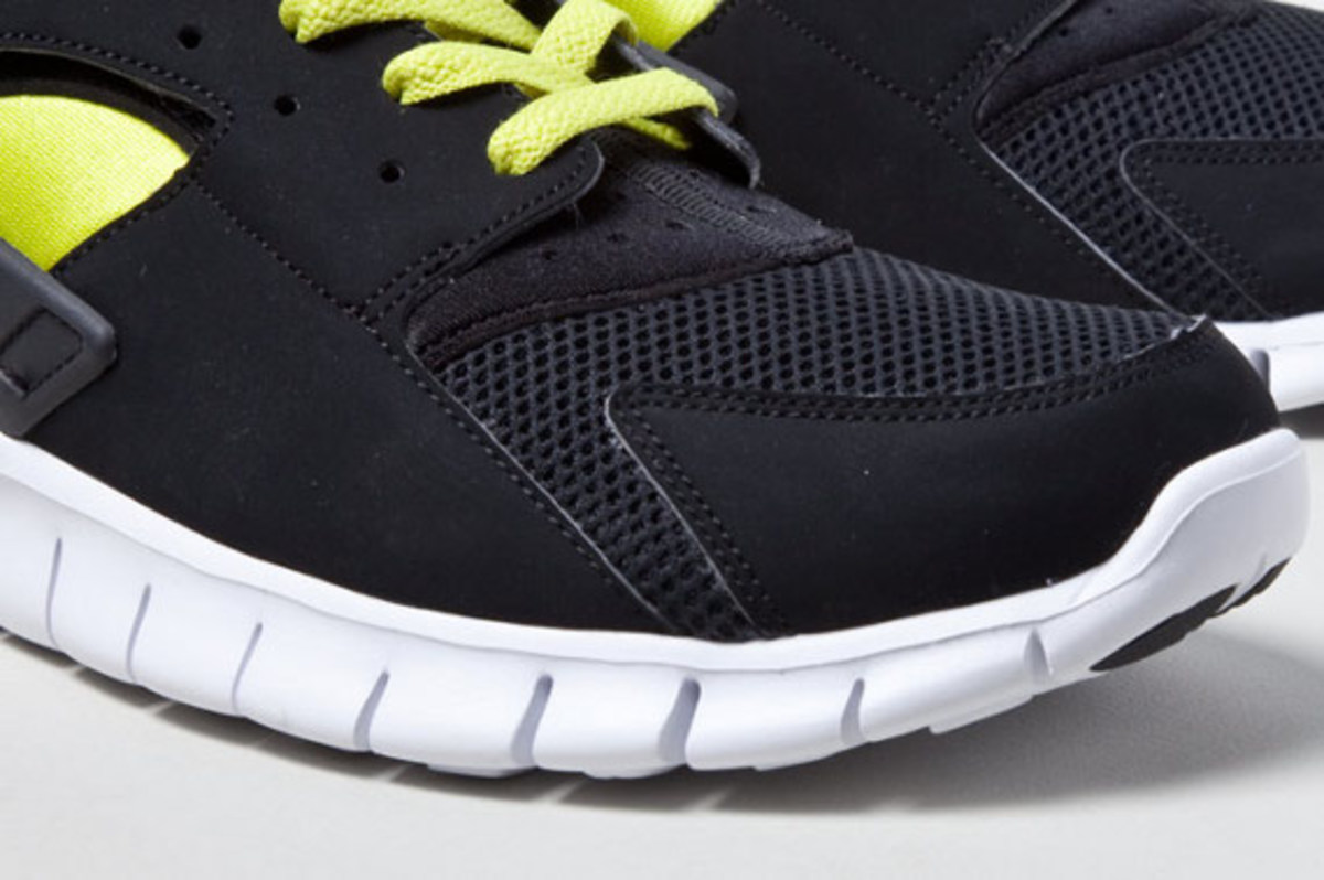 Nike Huarache Free - Bumble Bee - Spring 2012 - Freshness Mag aef5ad007940