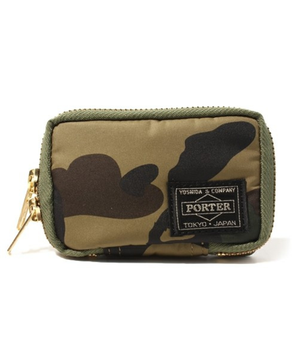 a-bathing-ape-porter-1st-camo-key-case-02