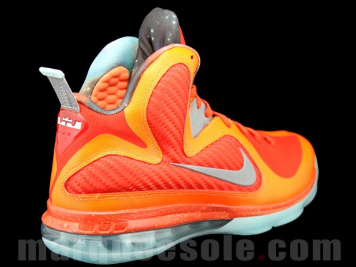 nike-lebron-9-big-bang-03