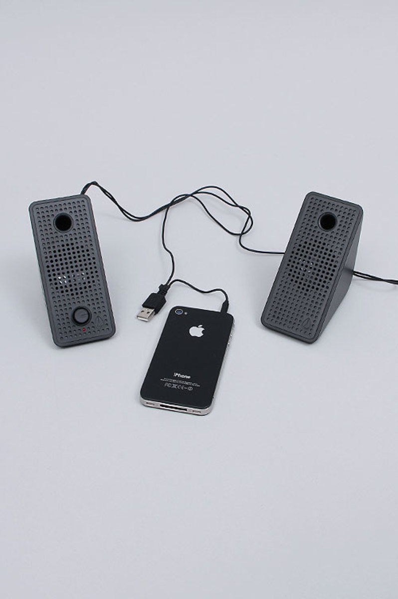 nixon-block-speakers-11