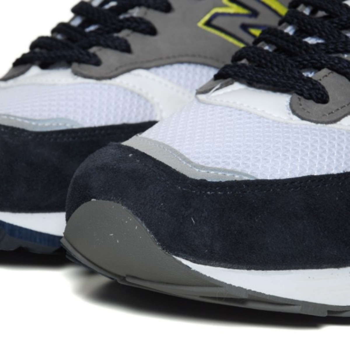 new-balance-m1500-grey-lemon-05