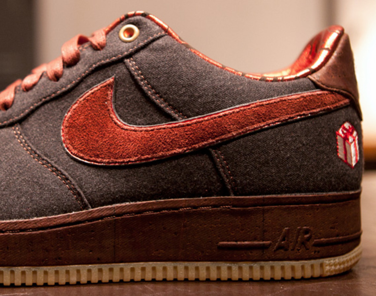 sale retailer e9f5a a2dc7 Nike Air Force 1 Bespoke The Gift By 21 Mercer   Detailed Look