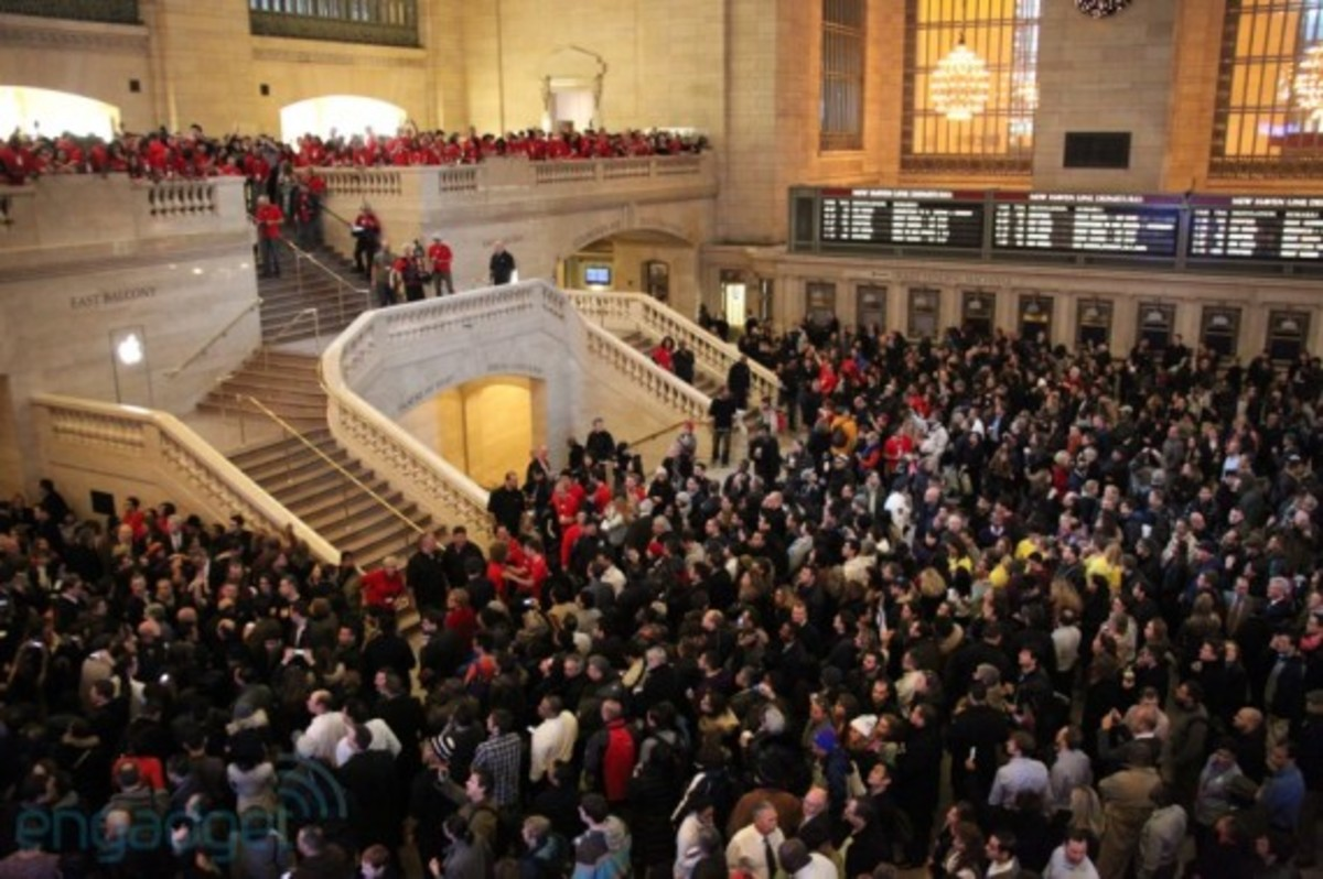 apple-store-grand-central-opening-recap-14