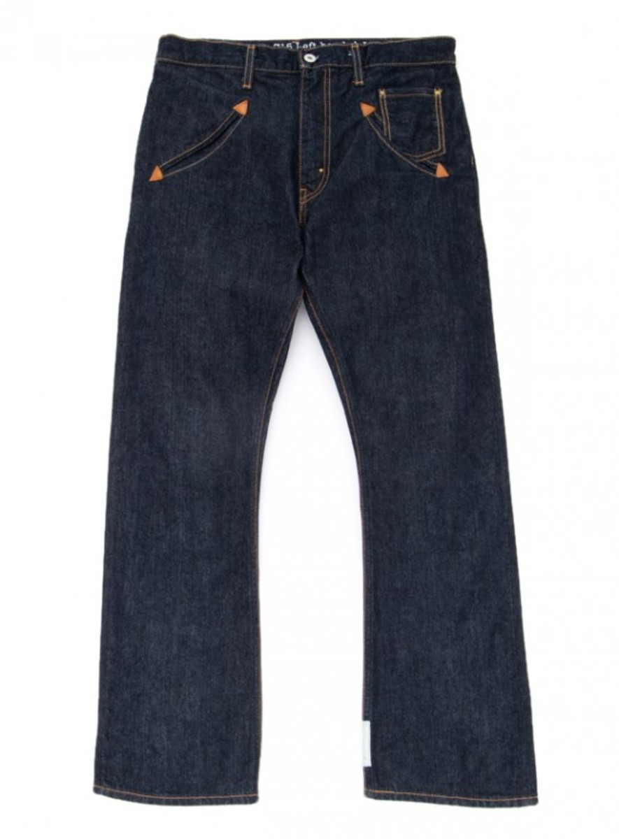 levis-lefthanded-jean-by-takahiro-kuraishi-517-regular-fit-boot-cut-01