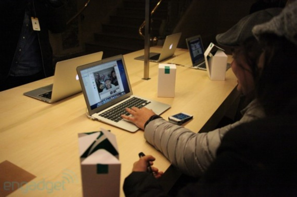 apple-store-grand-central-opening-recap-15