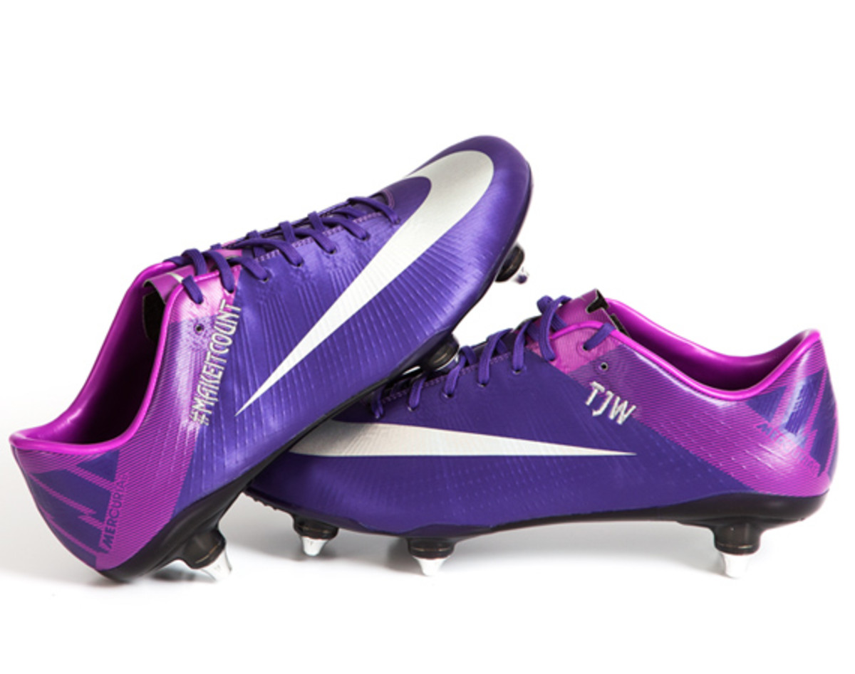 nike-soccer-make-it-count-boots-05