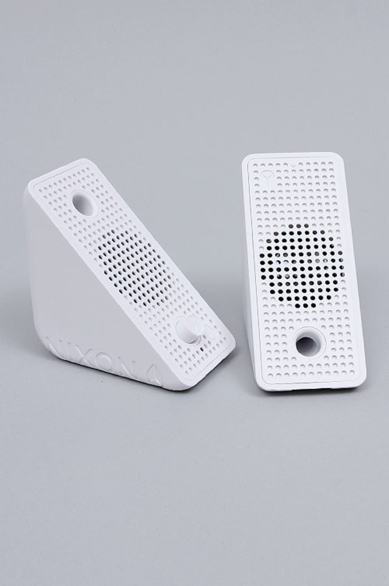 nixon-block-speakers-04