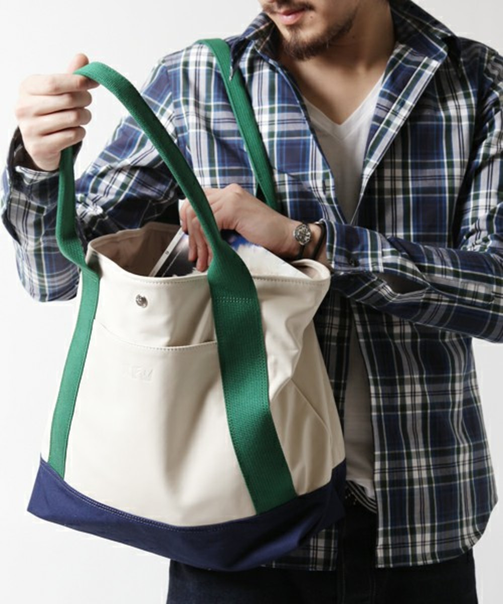 ships-jet-blue-rhythm-footwear-leather-tote-bag-02