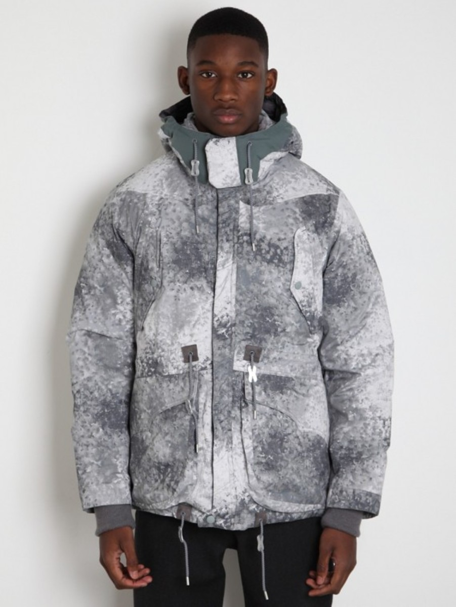 white-mountaineering-pertex-digital-camo-middle-down-jacket-01