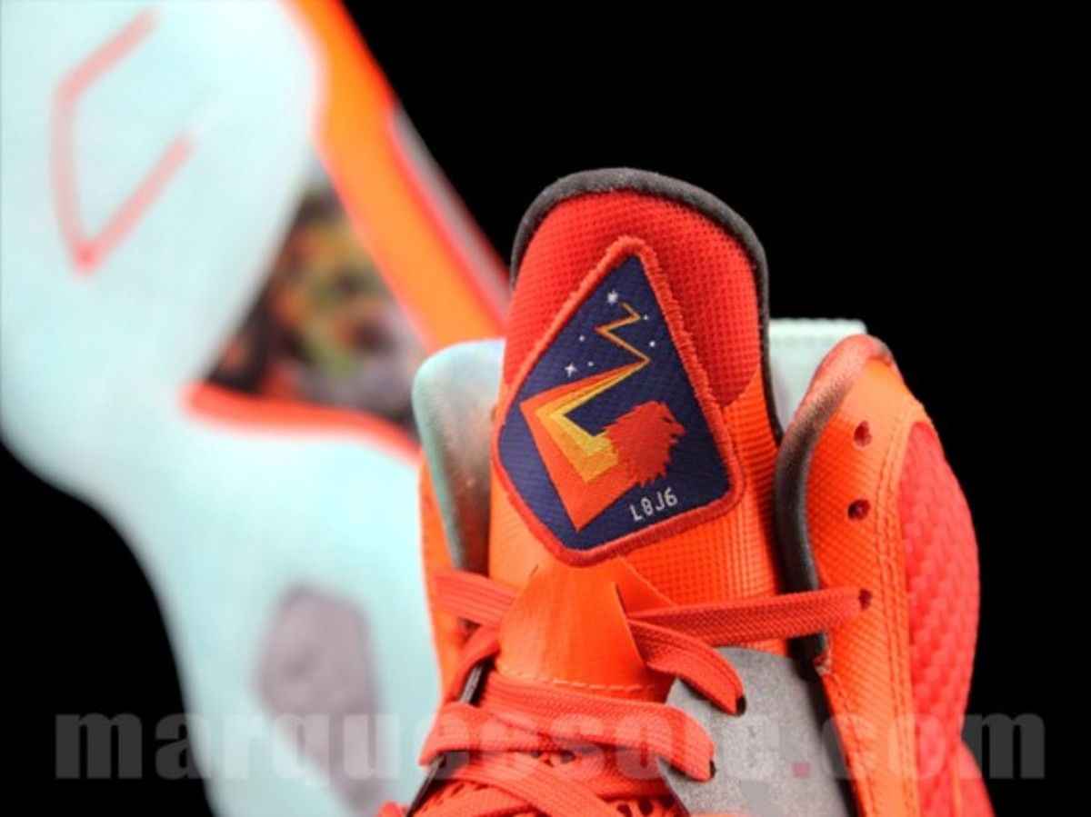 nike-lebron-9-big-bang-07