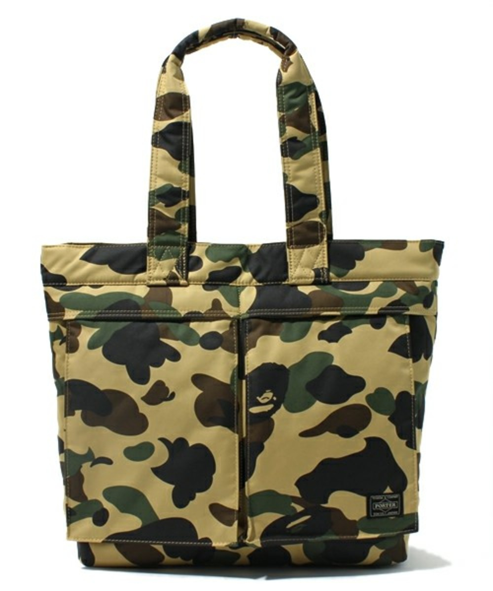 a-bathing-ape-porter-1st-camo-tote-bag-02