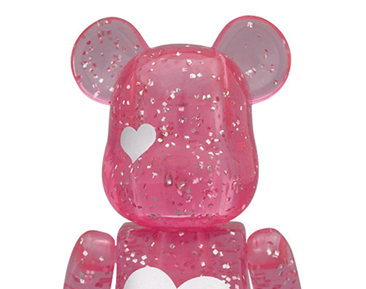 medicom-toy-2012-valentines-day-bearbrick-00