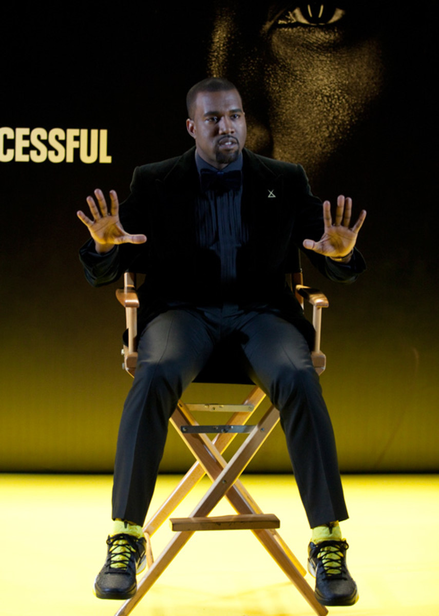 nike-kobesystem-success-for-the-successful-18