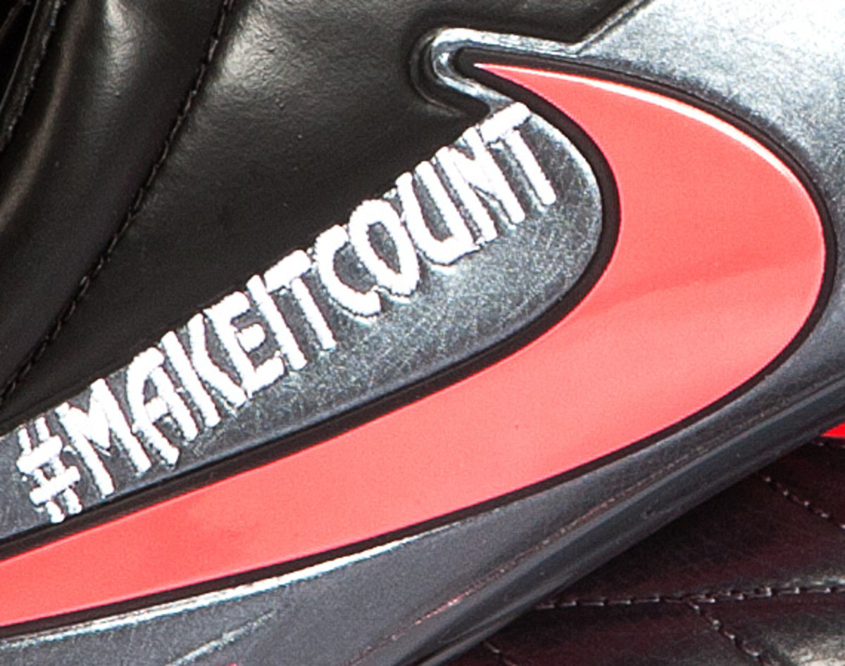 nike-soccer-make-it-count-boots-02