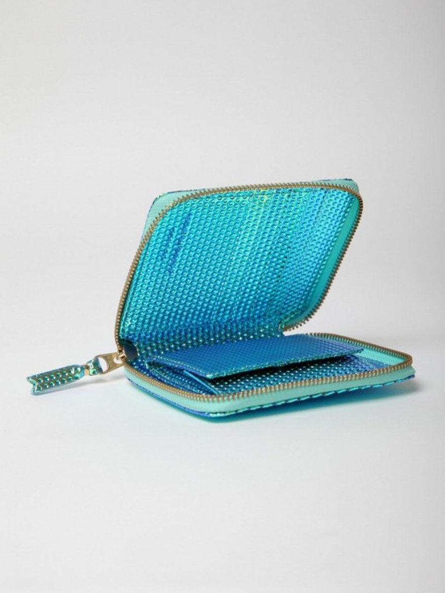 comme-des-garcons-christmas-edition-zipped-wallet-02