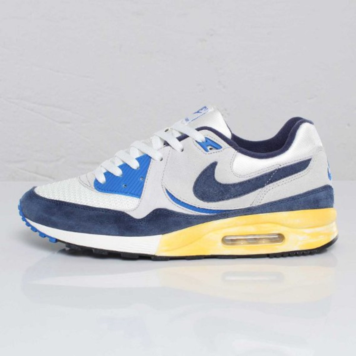 Nike Air Max Light VNTG QS Freshness Mag