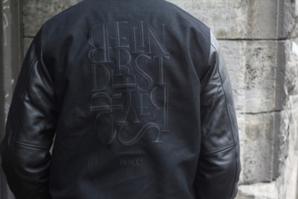 stab-berlin-nike-sportswear-destroyer-jacket-giveaway-03