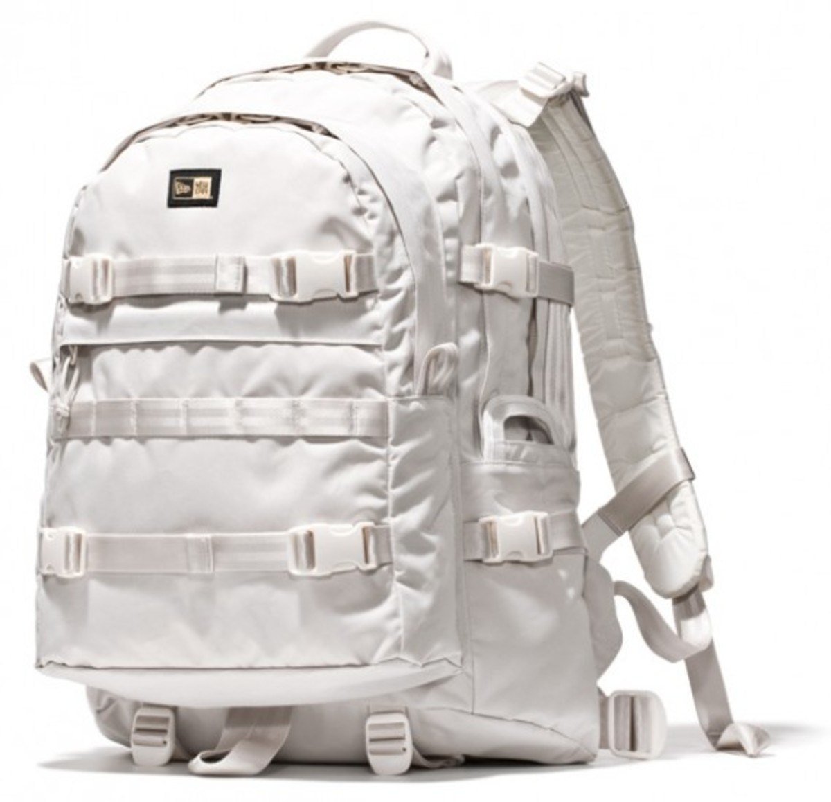 new-era-backpack-02