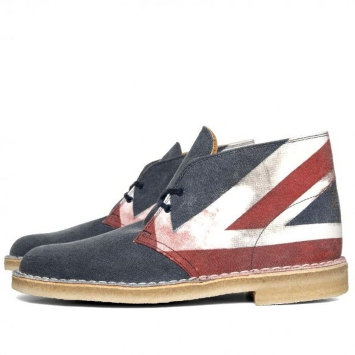 clarks-originals-desert-boot-punk-edition-02