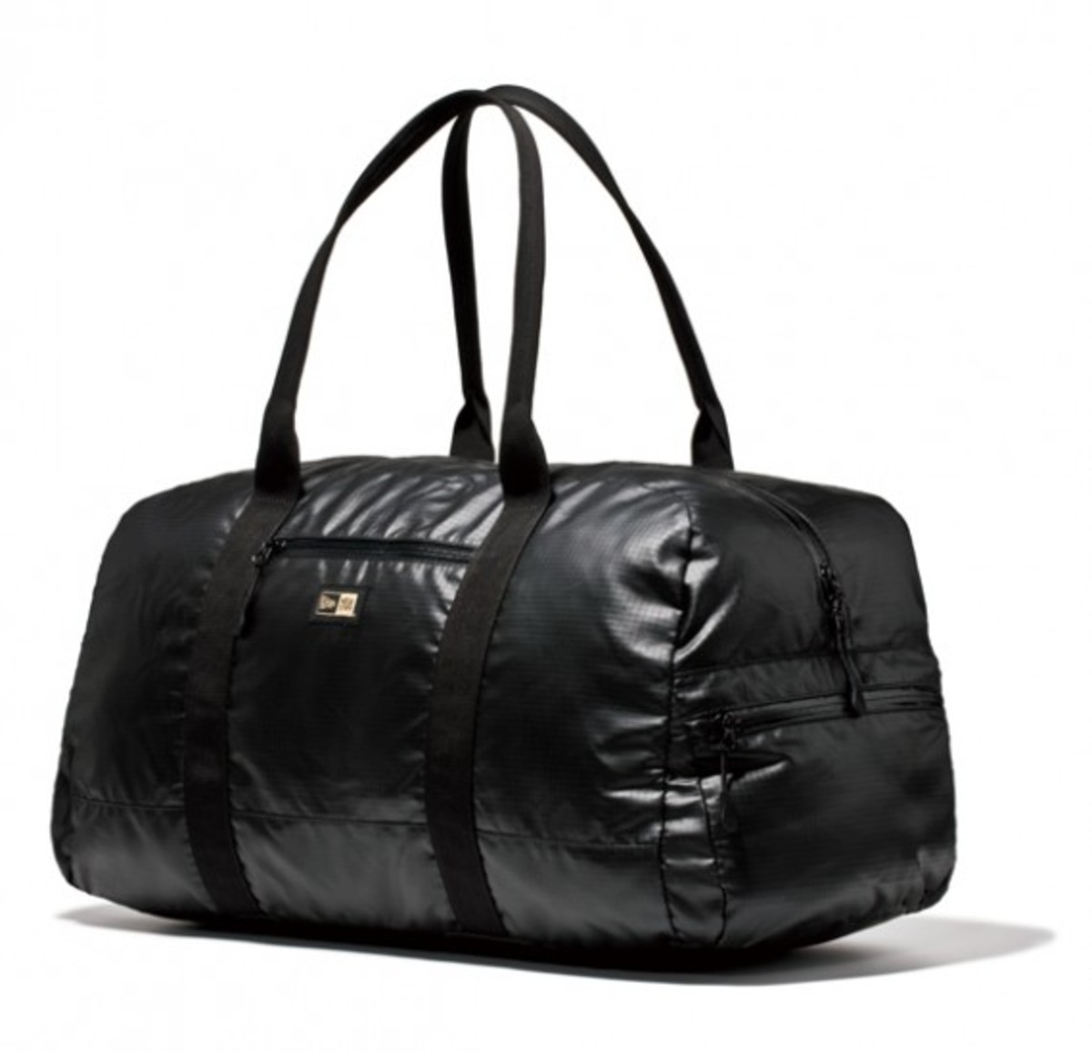 new-era-reversible-duffle-bag-01