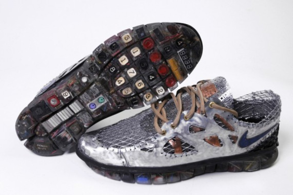 nike-free-time-y2k-junk-art-sculpture-gabriel-dishaw-04
