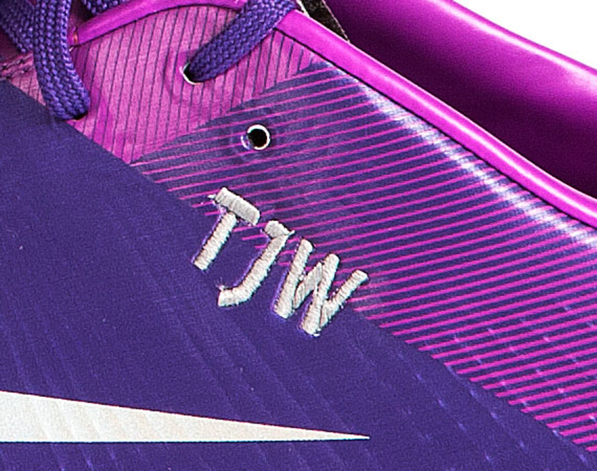 nike-soccer-make-it-count-boots-06