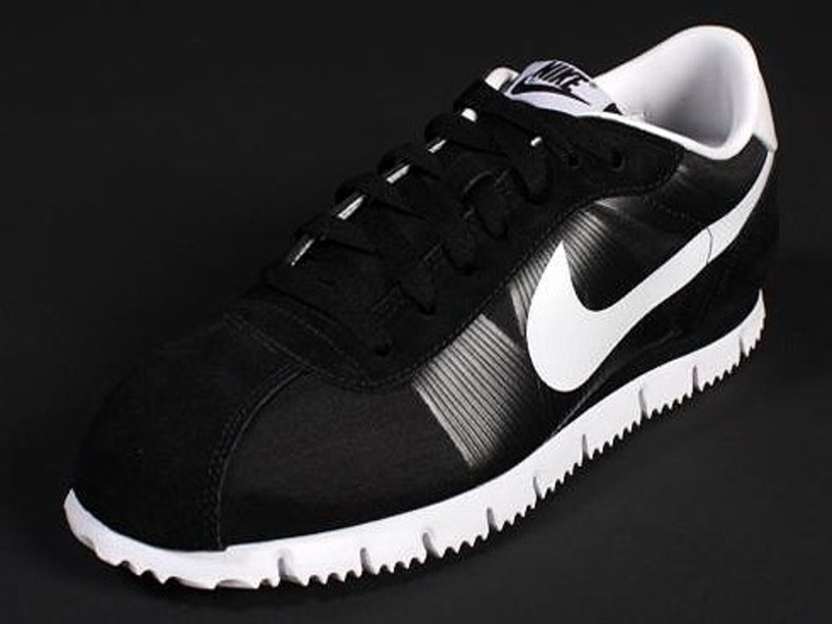 uk availability c7b56 6a7f4 Nike - Cortez Fly Motion - Black   White Edition