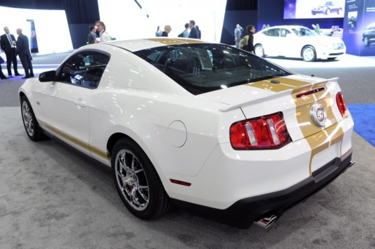 shelby-mustang-50th-anniversary-edition-08