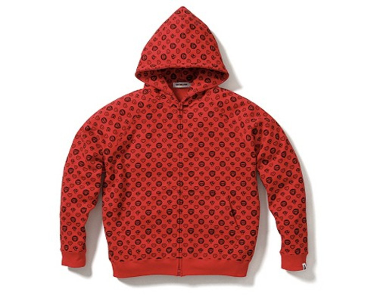 A Bathing Ape (BAPE)  (BAPE) - Baby Milo Monogram - Saint Valentine's Day Edition Hoodie Red | 1610-CGD-01819