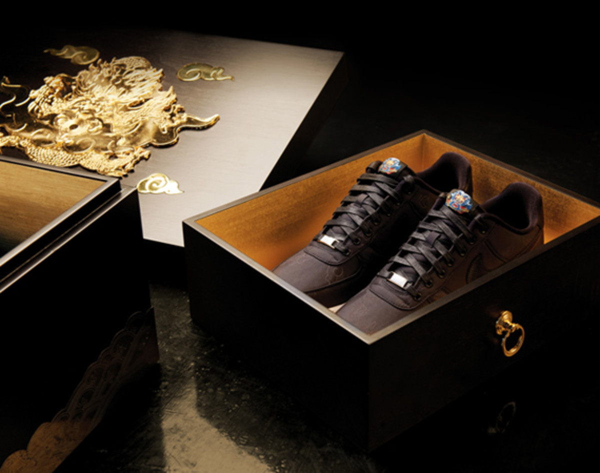 nike-air-force-1-year-of-the-dragon-packaging-04