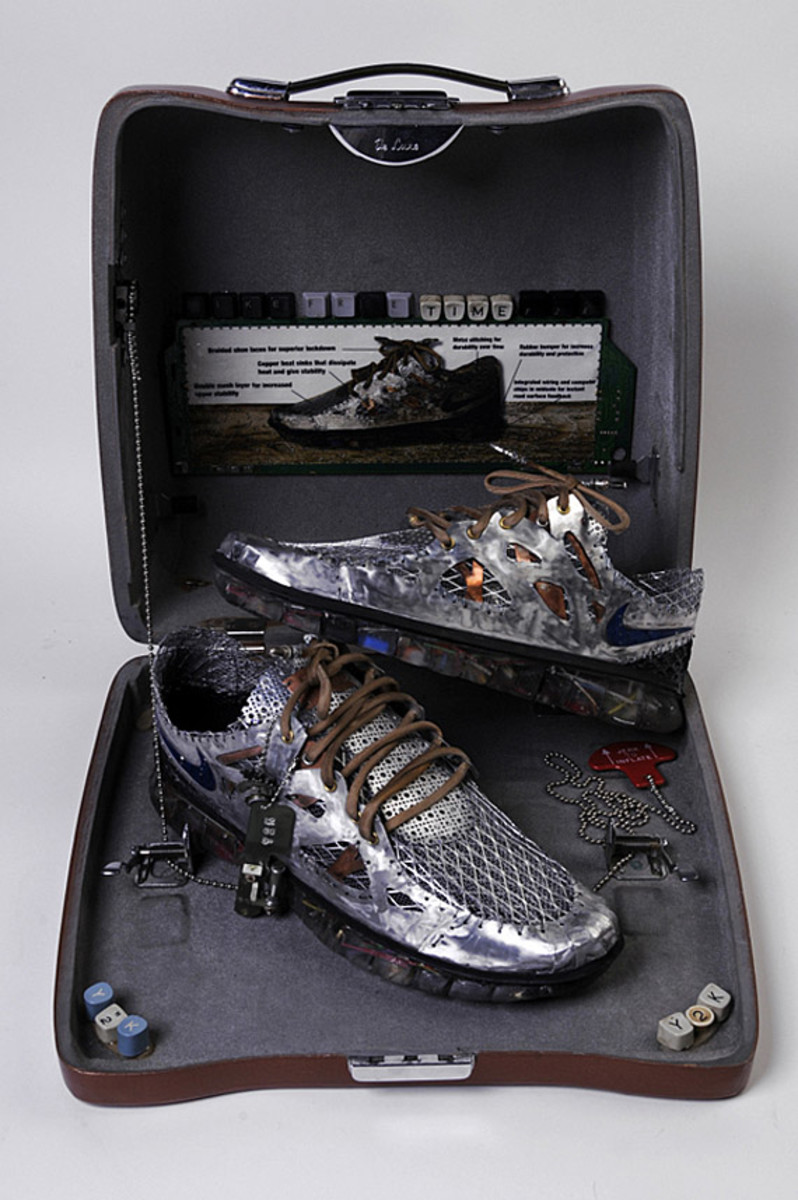 nike-free-time-y2k-junk-art-sculpture-gabriel-dishaw-02