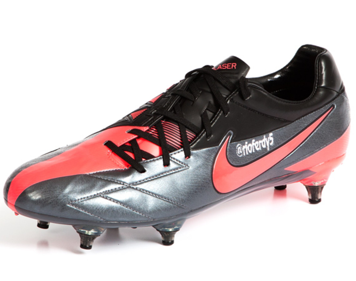 nike-soccer-make-it-count-boots-01