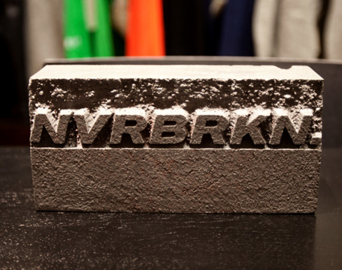 nvrbrkn-dc-boost-up-unrst-13
