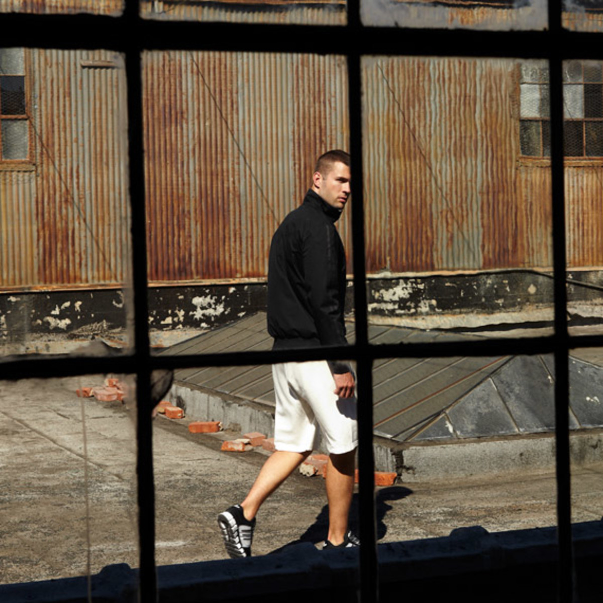 adidas-originals-david-beckham-james-bond-ss2012-07