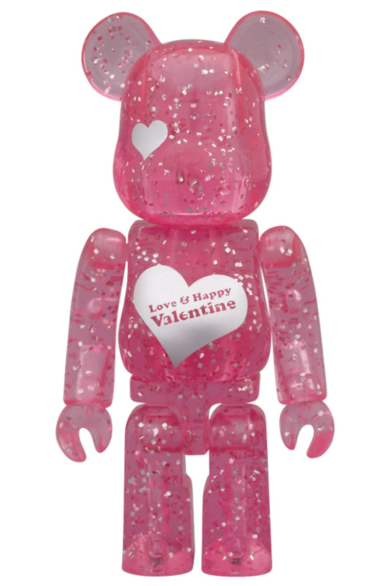 medicom-toy-2012-valentines-day-bearbrick-01