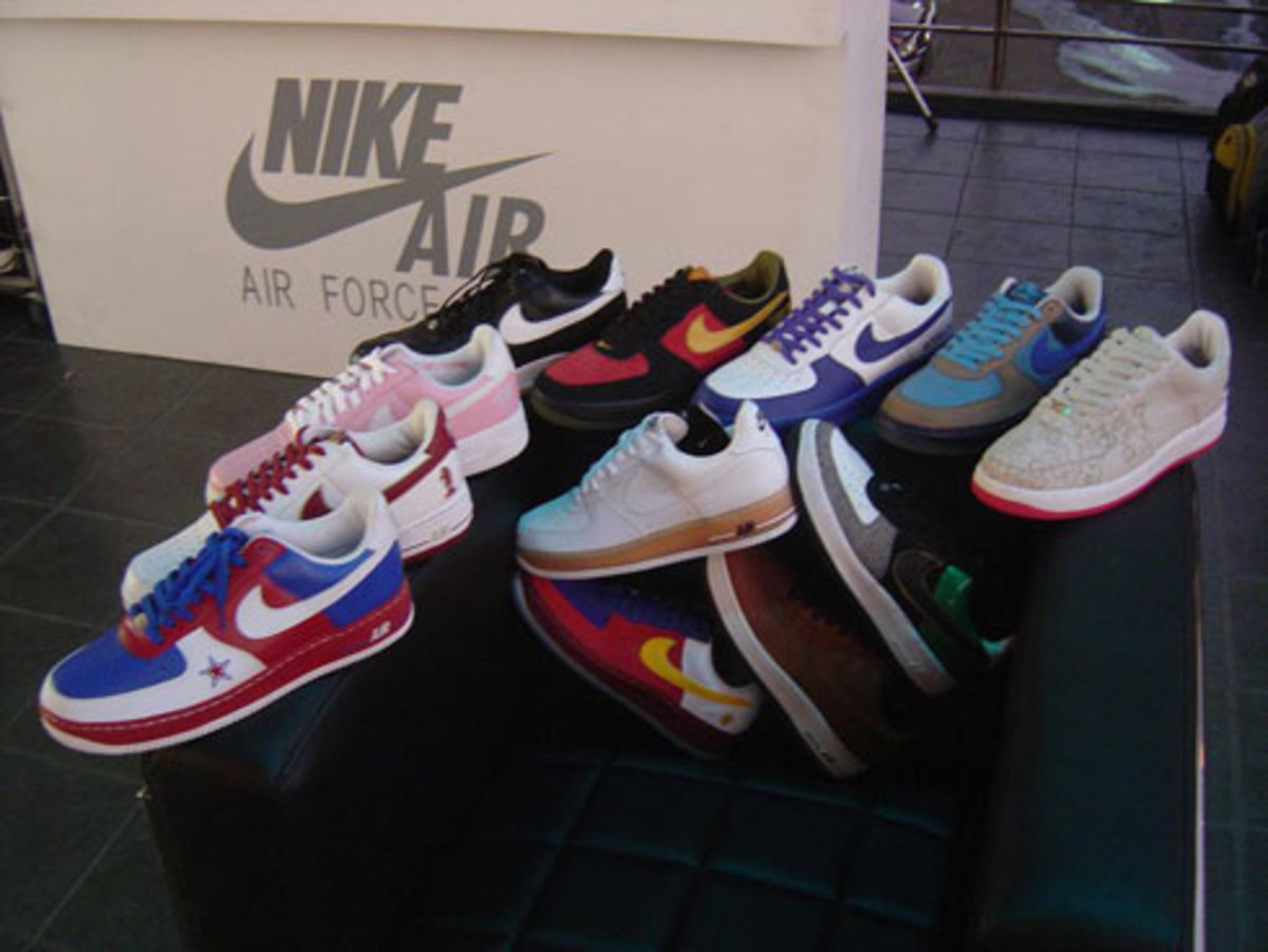 Air Force 1 25th - Philippines Celebration - 4