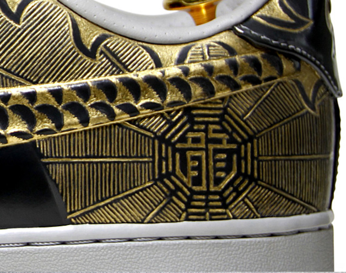 nike-air-force-1-30th-anniversary-year-of-dragon-gold-bespoke-zhijun-wang-09