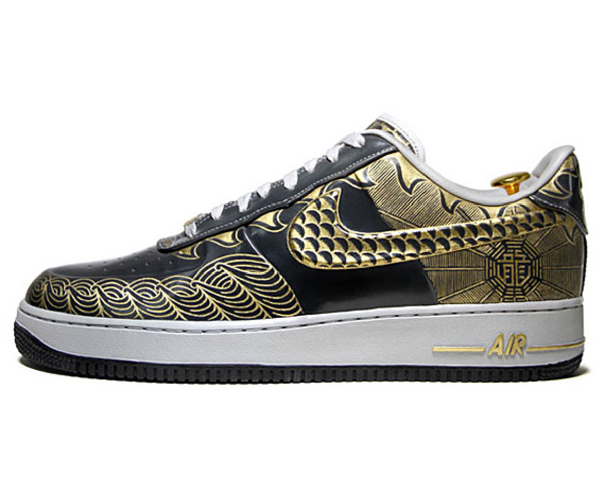 nike-air-force-1-30th-anniversary-year-of-dragon-gold-bespoke-zhijun-wang-01