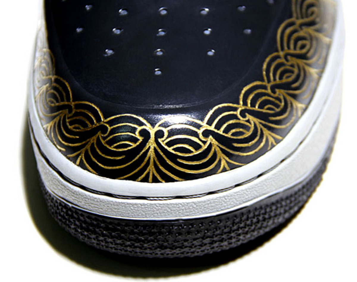 nike-air-force-1-30th-anniversary-year-of-dragon-gold-bespoke-zhijun-wang-12
