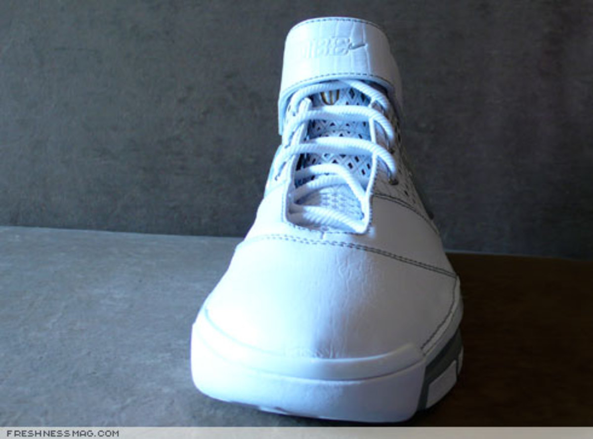 Nike  Zoom Kobe II (2)  - US + Asia Pacific Editions - 11